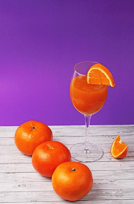 refreshing and healthy pure orange juice
