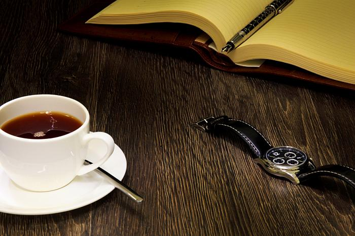kozzi-black coffee and a book-883x588